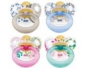 NUK 10171015 - Latex Beruhigungssauger (Schnuller) Happy Kids, Größe 1 (0-6 Monate), kiefergerecht, BPA-frei, 2 Stück, Farbe nicht frei wählbar